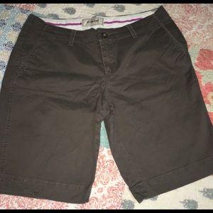 Ladies old navy brand Bermuda shorts